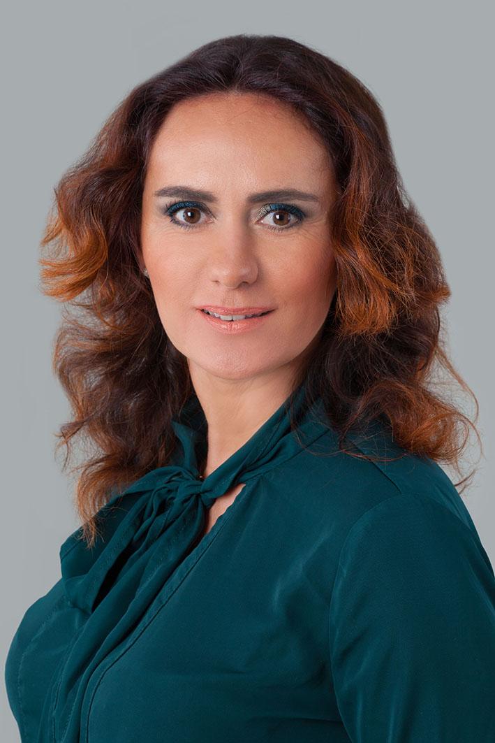 Appel Isabella, Hair- und MakeUp-Artist und Trainerin für Friseure und Kosmetiker